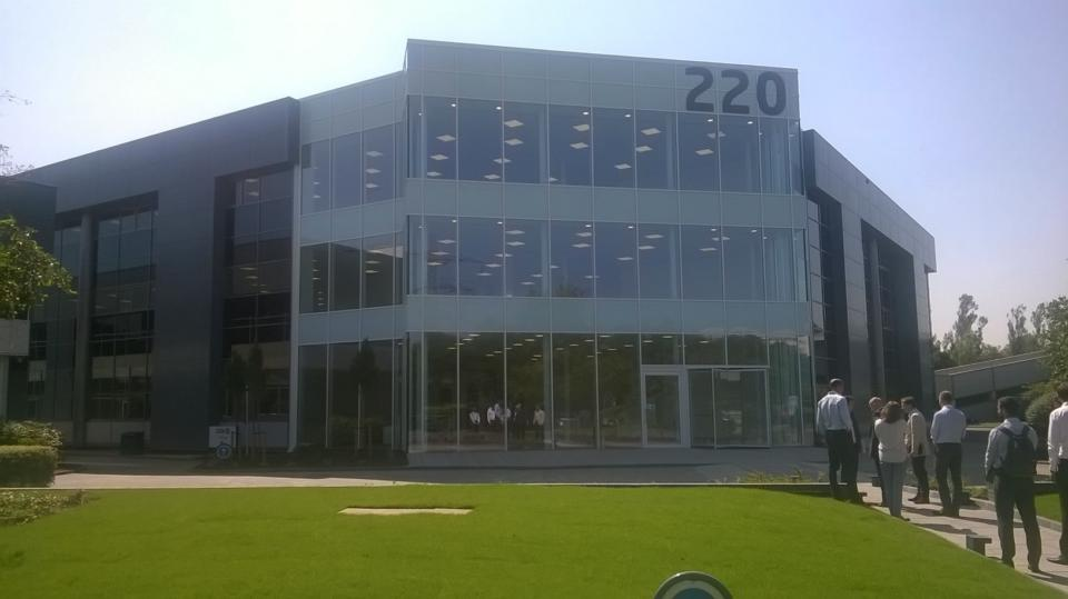 220 Winnersh Building